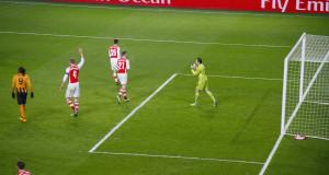 Ospina defence Emirates