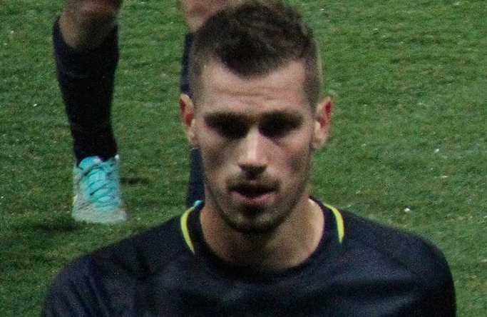 a4de2e098 Auclair  Schneiderlin Favours Arsenal Move Ahead Of Manchester United
